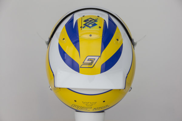 Sauber C34 Reveal. Hinwil, Switzerland. Thursday 29 January 2015. Helmet of Marcus Ericsson. Photo: Sauber F1 Team (Copyright Free FOR EDITORIAL USE ONLY) ref: Digital Image Sauber_2015_Helmet_33