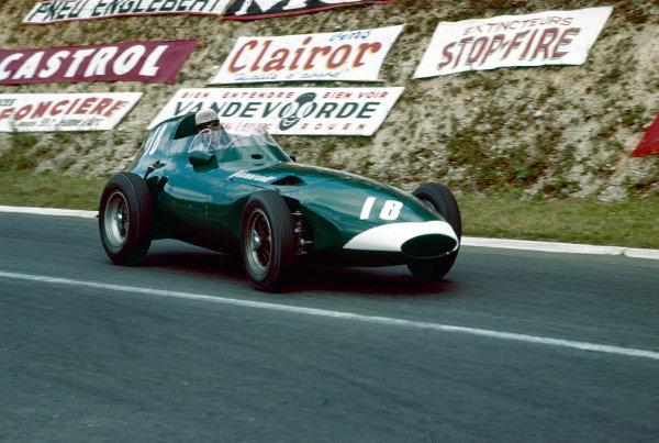 1957 French Grand Prix.Rouen-Les-Essarts, France.5-7 July 1957.Stuart Lewis-Evans (Vanwall VW).Ref-57 FRA 28.World Copyright - LAT Photographic