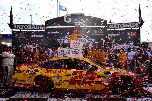 Monster Energy NASCAR Cup Series Toyota Owners 400 Richmond International Raceway, Richmond, VA USA Sunday 30 April 2017 Joey Logano, Team Penske, Shell Pennzoil Ford Fusion wins. World Copyright: Rusty Jarrett LAT Images ref: Digital Image 17RIC1rj_4384