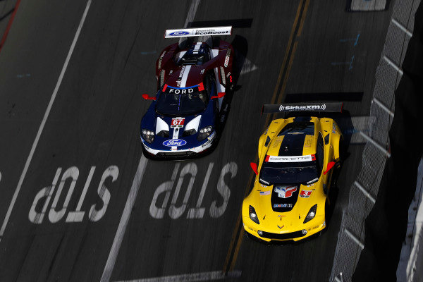#3 Corvette Racing Chevrolet Corvette C7.R, GTLM: Antonio Garcia, Jan Magnussen, #67 Chip Ganassi Racing Ford GT, GTLM: Ryan Briscoe, Richard Westbrook