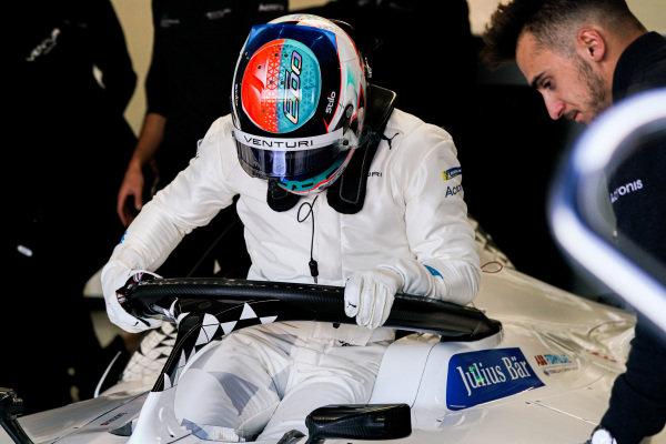 Edoardo Mortara (CHE) Venturi climbs into his car in the garage