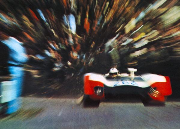 Richard Attwood / Brian Redman, Porsche 908/02.