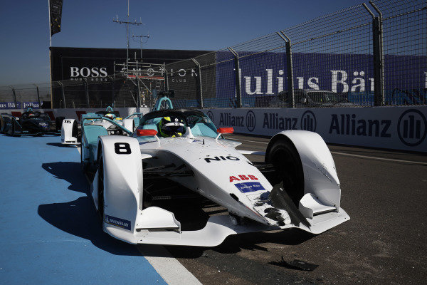Damage to the nose of the car of Tom Dillmann (FRA), NIO Formula E Team, NIO Sport 004, after a crash in the pit lane