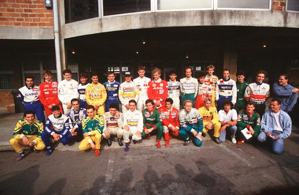 Macau, China. 22nd November 1992. Drivers Group photo World Copyright - LAT Photographic