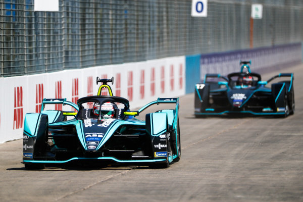 Nelson Piquet Jr. (BRA), Panasonic Jaguar Racing, Jaguar I-Type 3 leads Gary Paffett (GBR), HWA Racelab, VFE-05