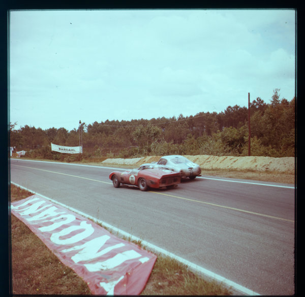 1961 Le Mans 24 hours.Le Mans, France.10-11 June 1961.Willy Mairesse/Michael Parkes (Ferrari TR61, number 11) and Pierre Noblet/Jean Guichet (Ferrari 250GT). They finished in 2nd and 3rd positions respectively.Ref-3/0284A.World - LAT Photographic