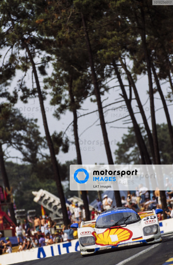 Hans-Joachim Stuck Jr / Danny Sullivan / Thierry Boutsen, Le Mans Porsche Team, Dauer Porsche 962 GT LM.