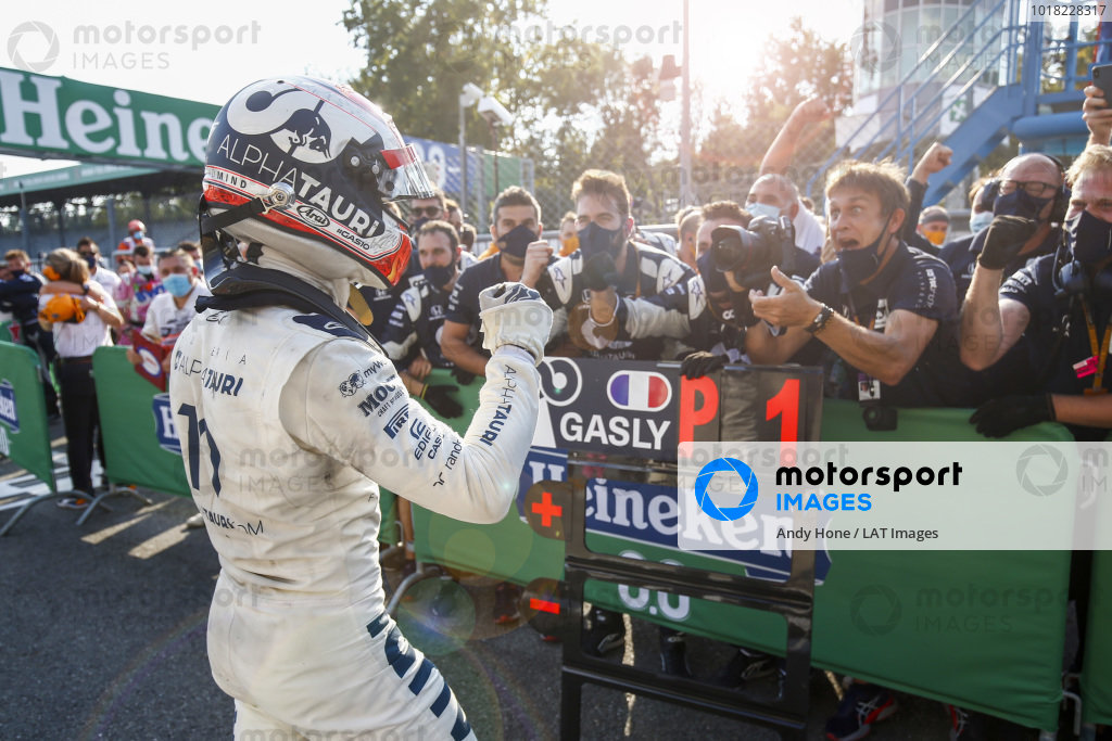 Pierre Gasly, AlphaTauri, 1st position, celebrates with the team in parc ferme