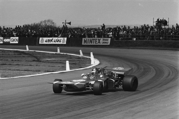 Silverstone, Great Britain. 17th July 1971. Ronnie Peterson (March 711- Ford Cosworth), 2nd position, action. World Copyright : LAT Photographic