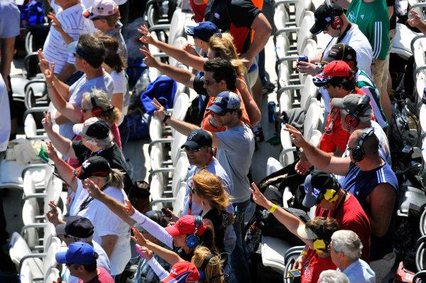 12-20 February, 2011, Daytona Beach, Florida, USADale Earnhardt 3 fingers lap 3 tribute©2011, LAT SouthLAT Photo USA