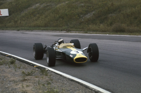 Mosport Park, Ontario, Canada.  25-27 August 1967.  Jim Clark (Lotus 49 Ford), retired, action.  World Copyright: LAT Photographic. Ref:  67CAN02