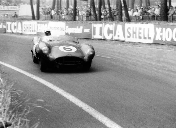 1959 Le Mans 24 hours.Le Mans, France. 20-21 June 1959.Maurice Trintignant/Paul Frere,(Aston Martin DBR1/300), 2nd position, action.World Copyright: LAT PhotographicRef: 578#5a