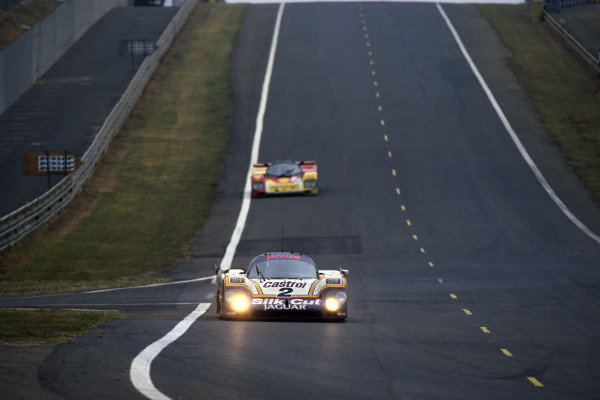 Le Mans, France. 11th - 12th June 1988 Jan Lammers/Johnny Dumfries/Andy Wallace Jaguar XJR-9 LM, 1st position, action. World Copyright: LAT Photographic ref: 88LM14