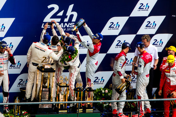2016 Le Mans 24 Hours. Circuit de la Sarthe, Le Mans, France. Sunday 19 June 2016. Porsche Team / Porsche 919 Hybrid - Romain Dumas (FRA), Neel Jani (CHE), Marc Lieb (DEU), Toyota Gazoo Racing / Toyota TS050 - Hybrid - Stephane Sarrazin (FRA), Michael Conway (GBR), Kamui Kobayashi (JPN), Audi Sport Team Joest / Audi R18 - Lucas Di Grassi (BRA), Loic Duval (FRA), Oliver Jarvis (GBR), Rebellion Racing / Rebellion R-One-AER - Nicolas Prost (FRA), Nick Heidfeld (DEU), Nelson Piquet (NLD).  World Copyright: Zak Mauger/LAT Photographic ref: Digital Image _79P9286