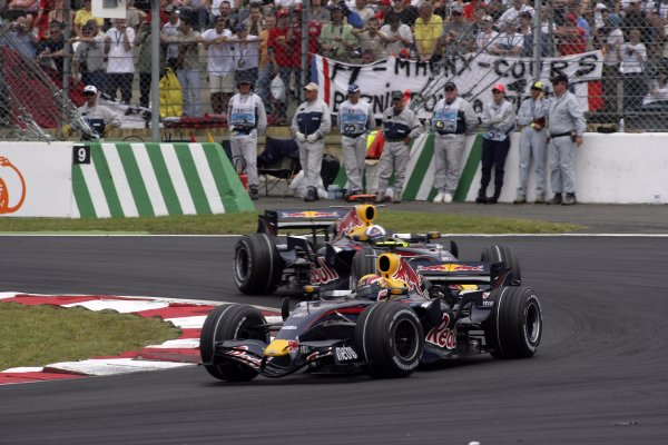 2007 French Grand Prix - Sunday RaceCircuit de Nevers Magny Cours, Nevers, France.1st July 2007.Mark Webber, Red Bull Racing RB3 Renault, 12th position, leads team mate David Coulthard, Red Bull Racing RB3 Renault, 13th position. Action. World Copyright: Andrew Ferraro/LAT Photographicref: Digital Image VY9E3391
