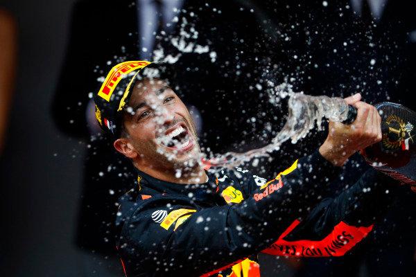 Victor Daniel Ricciardo, Red Bull Racing, spray champagne on the podium.