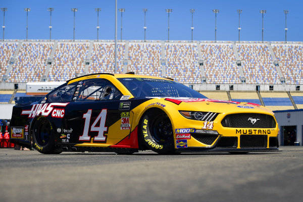 #14: Clint Bowyer, Stewart-Haas Racing, Ford Mustang Rush Truck Centers / Haas Automation