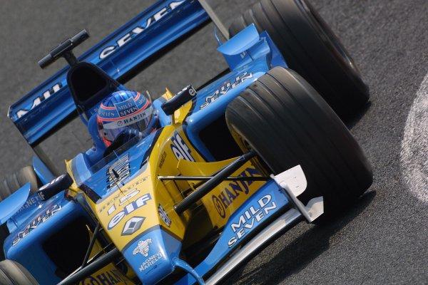 2002 Japanese Grand Prix.Suzuka, Japan. 11-13 October 2002.Jenson Button (Renault) 6th position.World Copyright - LAT Photographicref: Digital File Only