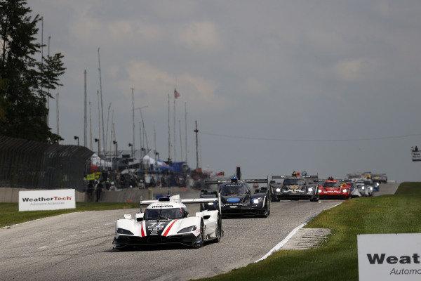 #77 Mazda Team Joest Mazda DPi, DPi: Oliver Jarvis, Tristan Nunez, #10 Konica Minolta Cadillac DPi-V.R. Cadillac DPi, DPi: Renger Van Der Zande, Ryan Briscoe