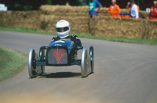 Goodwood House, East Sussex, England. 12th - 14th July 2002.Soap Box challange race, action.World Copyright: Jeff Bloxham/LAT Photographic.