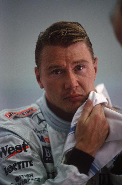 Sepang, Kuala Lumpur, Malaysia. 15-17 October 1999. Mika Hakkinen (McLaren Mercedes). Portrait. Ref: 99MAL54. World Copyright - LAT Photographic