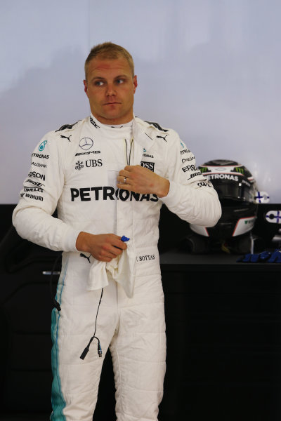 Shanghai International Circuit, Shanghai, China.  Friday 07 April 2017. Valtteri Bottas, Mercedes AMG.  World Copyright: LAT Images ref: Digital Image AN7T3175