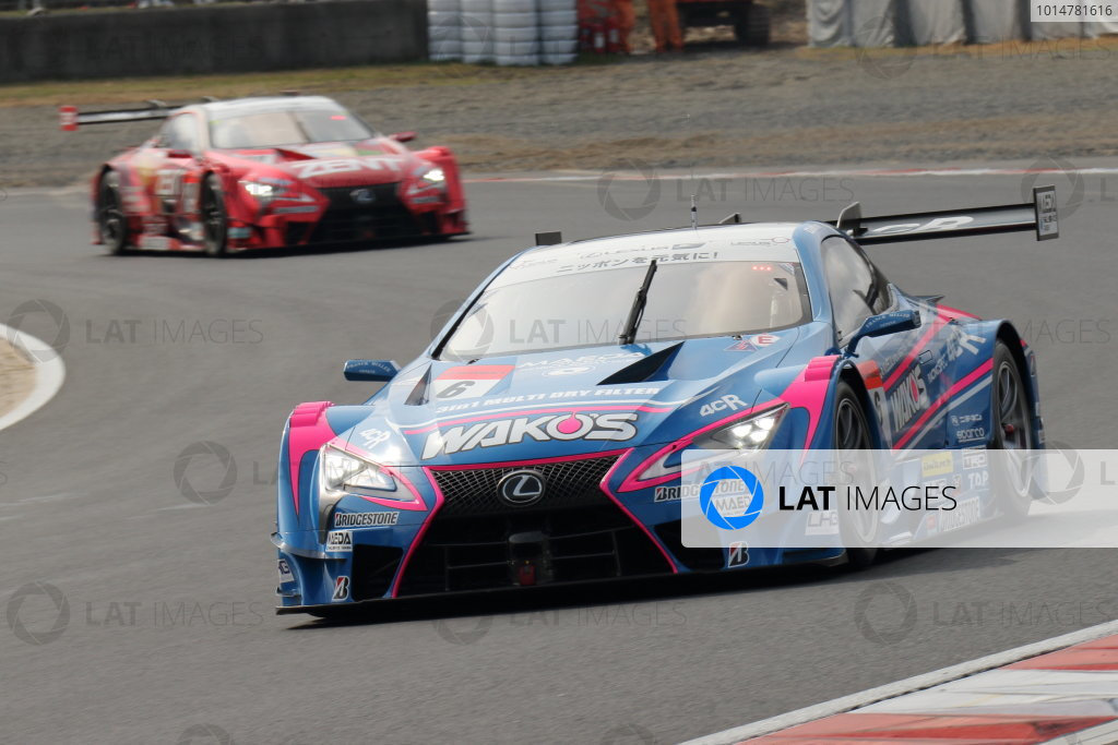 2017 Japanese Super GT Series. Okayama, Japan. 8th - 9th April 2017. Rd 1. GT500 2nd position Kazuya Oshima & Andrea Caldarelli ( #6 WAKO'S 4CR LC500 ) action World Copyright: Yasushi Ishihara / LAT Images. Ref: 2017SGT_Rd1_007