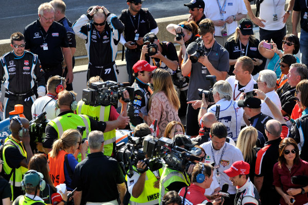 8-10 May, 2014, Indianapolis, Indiana, USA Simon Pagenaud gets a kiss after his win in victory lane ©2014 Scott R LePage  LAT Photo USA