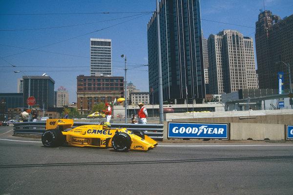 Detroit, Michigan, U.S A.19-21 June 1987.Ayrton Senna (Lotus 99T Honda) 1st position.Ref-87 USA 12.World Copyright - LAT Photographic