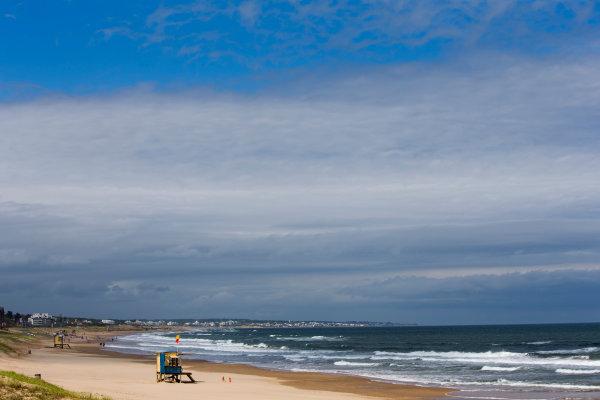 2015/2016 FIA Formula E Championship. Punta del Este ePrix, Punta del Este, Uruguay. Friday 18 December 2015. Playa Brava. Photo: Zak Mauger/LAT/Formula E ref: Digital Image _L0U6762