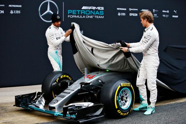 Circuit de Catalunya, Barcelona, Spain Monday 22 February 2016. Lewis Hamilton, Mercedes AMG, and Nico Rosberg, Mercedes AMG, unveil the Mercedes F1 W07 Hybrid. World Copyright: Glenn Dunbar/LAT Photographic ref: Digital Image _W2Q0542