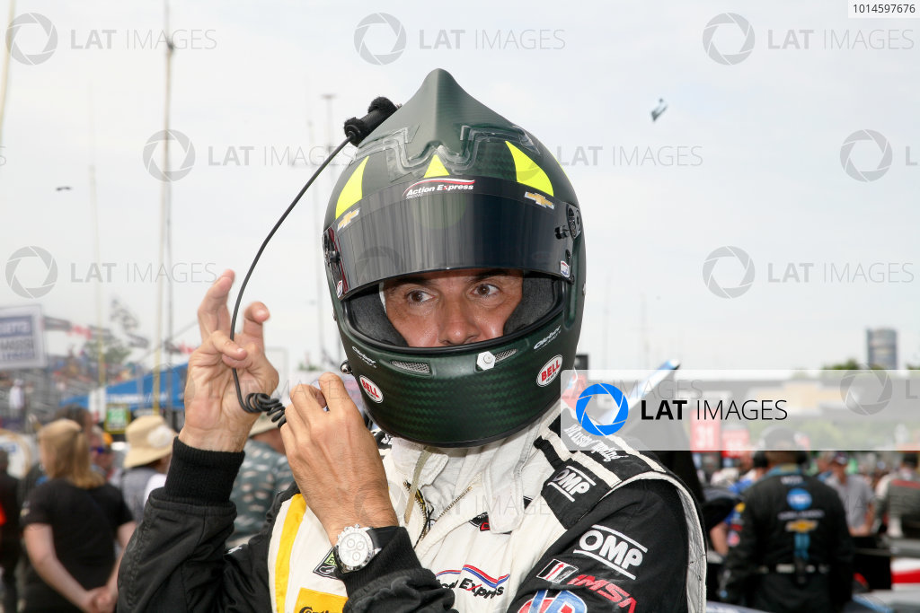 3-4 June, 2016, Detroit, Michigan USA Christian Fittipaldi gets ready to go racing ©2016, Maria W. Grady LAT Photo USA