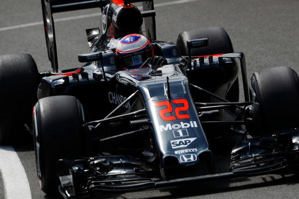 Silverstone, Northamptonshire, UK Friday 08 July 2016. Jenson Button, McLaren MP4-31 Honda.  World Copyright: Steven Tee/LAT Photographic ref: Digital Image _H7I6403