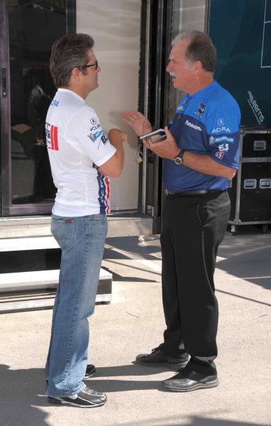 John Anderson, team manger for de Ferran Motorsports in ALMS with Gil de Ferran.©2009 Dan R. Boyd USA LAT Photographty.