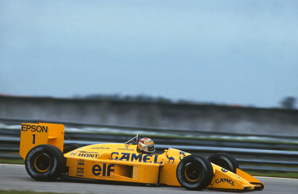 Jacarepagua, Rio de Janeiro, Brazil.1-3 April 1988.Nelson Piquet (Lotus 100T-Honda), 3rd position, action. World Copyright: LAT Photographic. Ref: 88BRA52