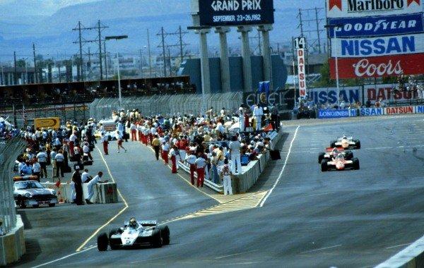 Caesar's Palace, Las Vegas, Nevada, USA. 23-25 September 1982. Derek Daly (Williams FW08-Ford Cosworth) leads Andrea de Cesaris (Alfa Romeo 182). World Copyright - LAT Photographic