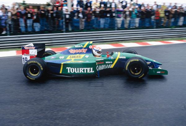 1994 Belgian Grand Prix.Spa-Francorchamps, Belgium. 26-28 August 1994.Philippe Alliot (Larousse LH94 Ford).Ref-94 BEL 26.World Copyright - LAT Photographic
