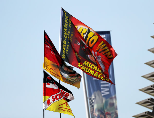 Mick Schumacher (DEU, PREMA RACING) flags