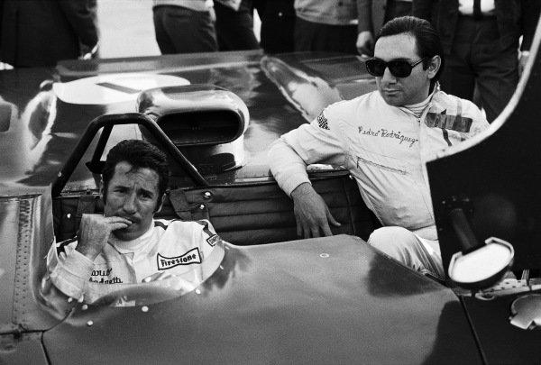 Mario Andretti in the Ferrari 312P, with Pedro Rodriguez alongside.