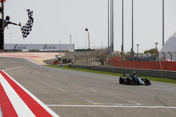 Nicholas Latifi (CAN, DAMS), takes the chequered flag to win the race