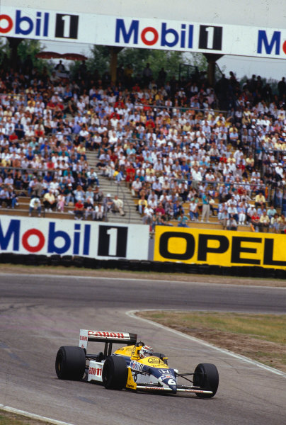 1987 German Grand Prix.Hockenheim, Germany.24-26 July 1987.Nelson Piquet (Williams FW11B Honda) 1st position.Ref-87 GER 16.World Copyright - LAT Photographic