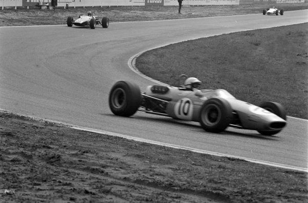 Derek Bell, Brabham BT23C Cosworth, leads Piers Courage, Brabham BT23C Cosworth.
