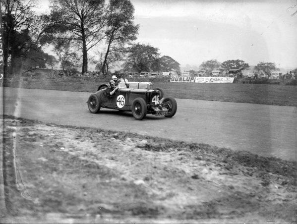 J. D. Greaves, Aston Martin.