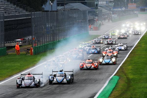 Start of the race, #22 Oreca 07 - Gibson / UNITED AUTOSPORTS / Philip Hanson / Filipe Albuquerque leads
