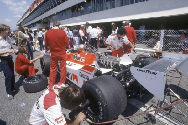 1980 French Grand Prix.Paul Ricard, France. 27-29 June 1980.John Watson (McLaren M29C-Ford Cosworth), 7th position, in the pits.World Copyright: LAT PhotographicRef: 35mm transparency 80FRA18