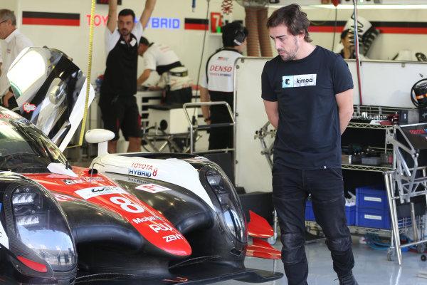 2017 FIA World Endurance Championship Rookie Test, Bahrain International Circuit, Bahrain. 19th November 2017, #8 Toyota Gazoo Racing Toyota TS050-Hybrid: Fernando Alonso (SPA) in the Toyota garage World Copyright. JEP/LAT Images