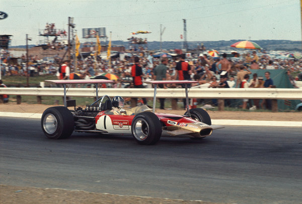 1969 South African Grand Prix.Kyalami, South Africa.27/2-1/3 1969.Graham Hill (Lotus 49B Ford) 2nd position.Ref-69 SA 64.World Copyright - LAT Photographic