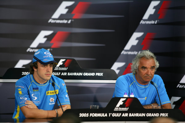 2005 Bahrain Grand Prix - Thursday Preview, Bahrain International Circuit, Manama, Bahrain. 31st March 2005 Fernando Alonso, Renault R25 and Flavio Briatore, RenaultF1 Managing Director, at the press conference. Portrait.World Copyright: Steve Etherington/LAT Photographic ref: 48mb Hi Res Digital Image Only