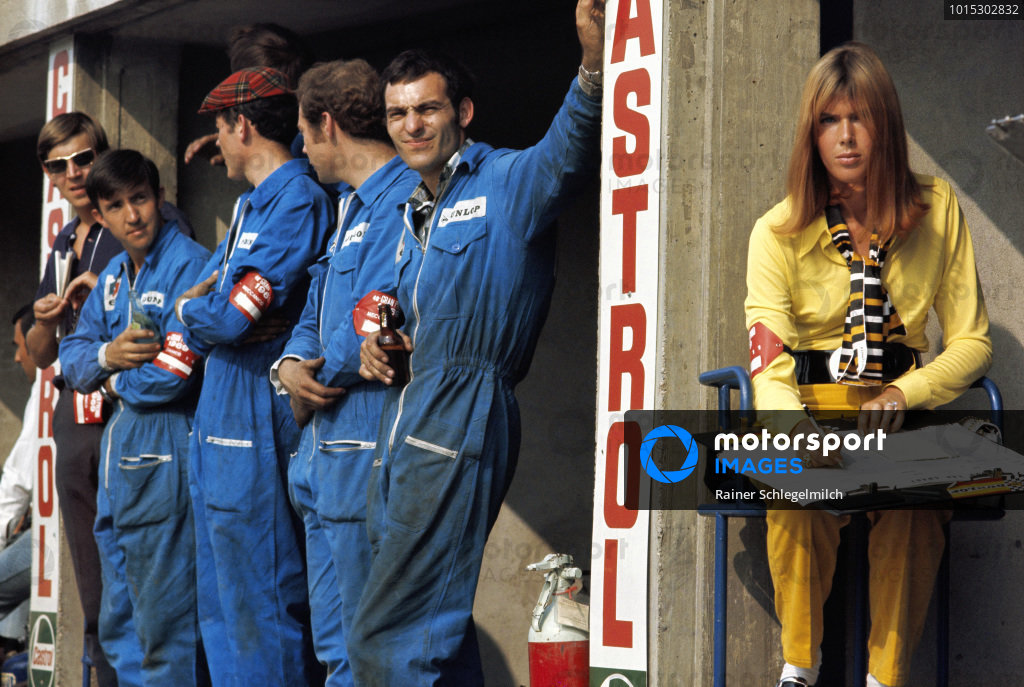 Helen Stewart and Matra mechanics.