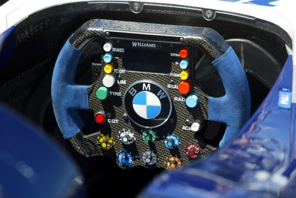 Steering wheel of a Williams BMW FW26.Formula One World Championship, Rd8, Preparations, Canadian Grand Prix, Montreal, Canada, 10 June 2004.DIGITAL IMAGE